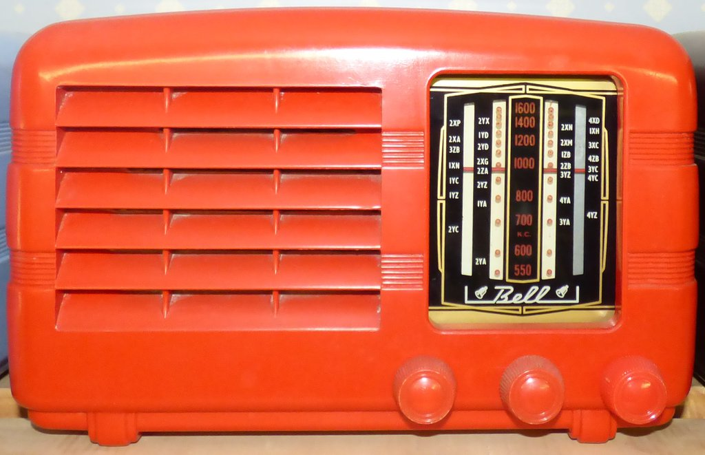 NZ Vintage Radio - 1951 Red Bell Colt
