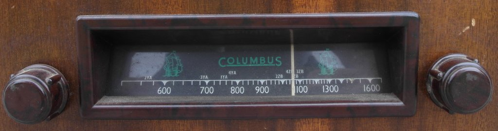 NZ Vintage Radio - Columbus 14