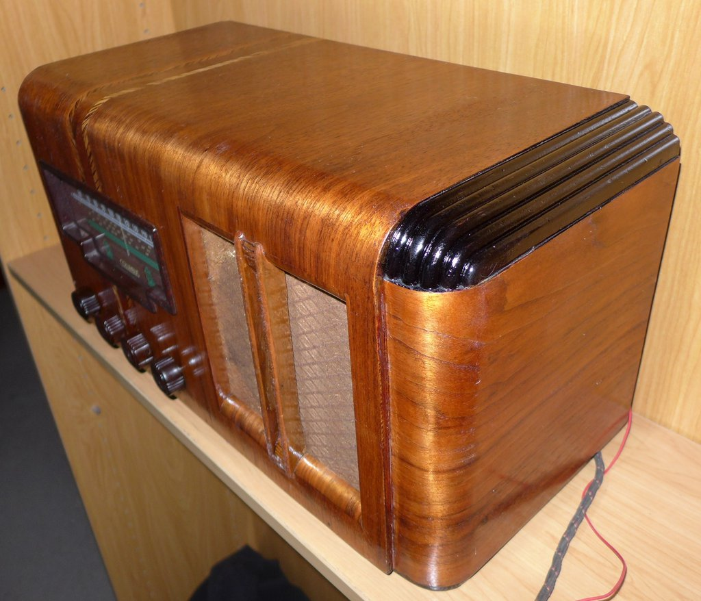 NZ Vintage Radio - Columbus 26N
