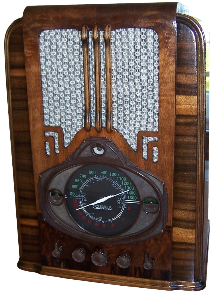 NZ Vintage Radio - Restored early Clumbus model 35