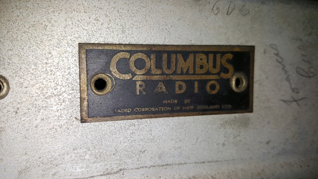 NZ Vintage Radio - Columbus 39