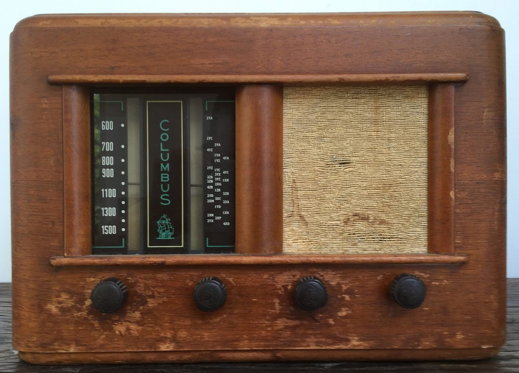 NZ Vintage Radio - 1953 Columbus model 45