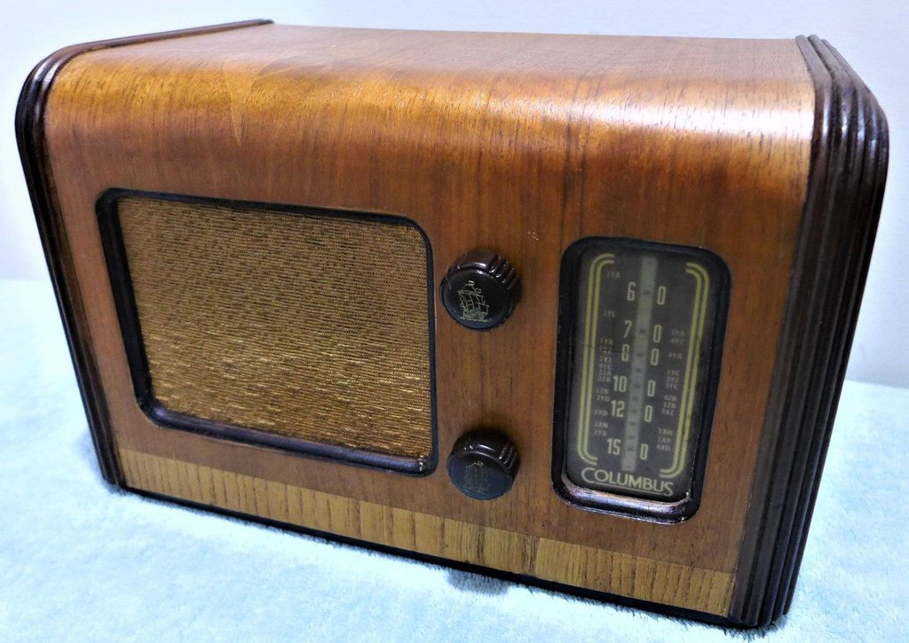 NZ Vintage Radio - 1951 Columbus 5A
