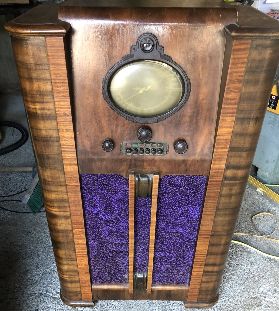 NZ Vintage Radio - 1938 Columbus model 60