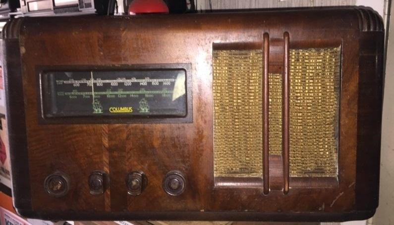 NZ Vintage Radio - Columbus 62