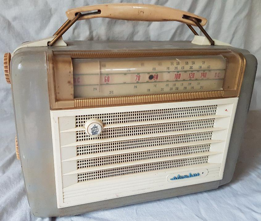 NZ Vintage Radio - 1957 Columbus 653A