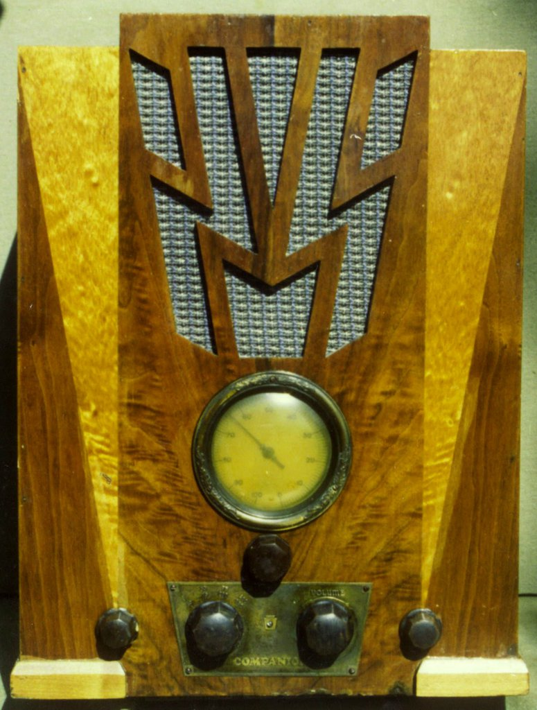 NZ Vintage Radio - Companion Oxford