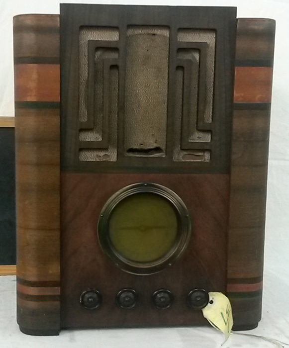 NZ Vintage Radio - Courtenay 108