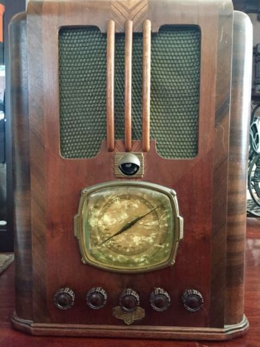 NZ Vintage Radio - Courtenay 35