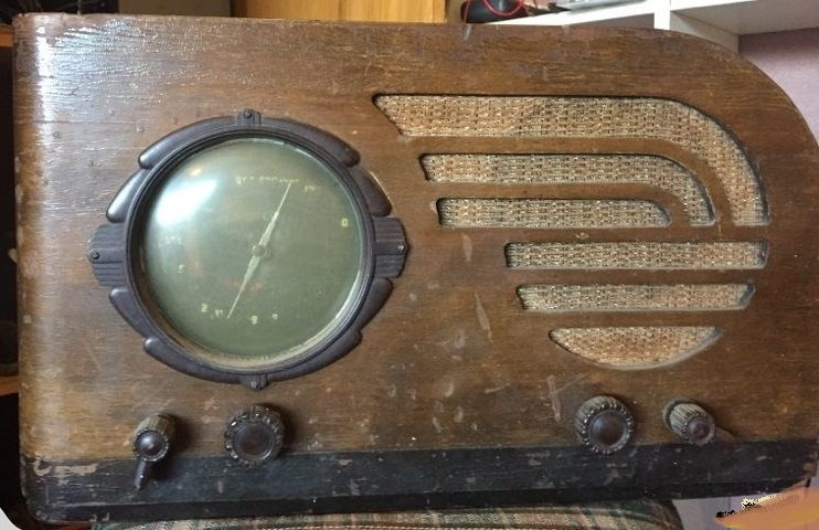 NZ Vintage Radio - Courtenay 85