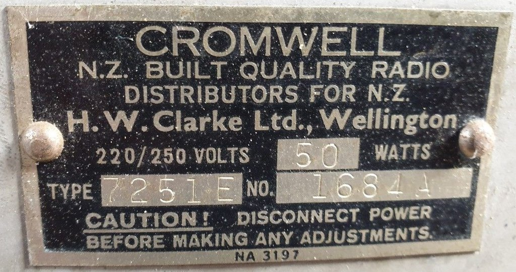 NZ Vintage Radio - 1951 Cromwell model 7251