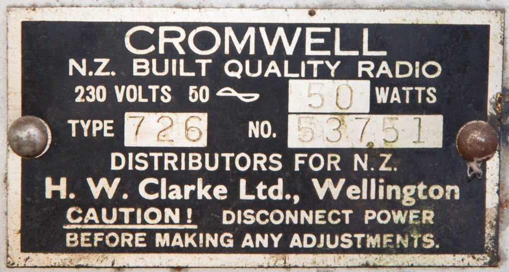 NZ Vintage Radio - 1946 Cromwell model 726