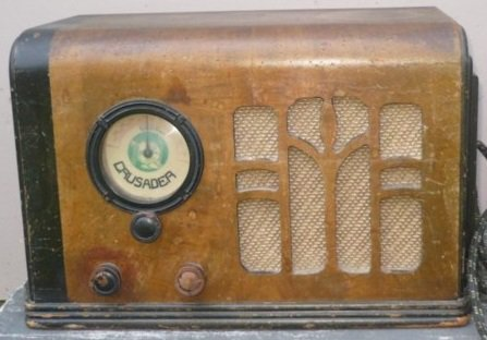 NZ Vintage Radio - 1936 Crusader 36-5VBC_Chest