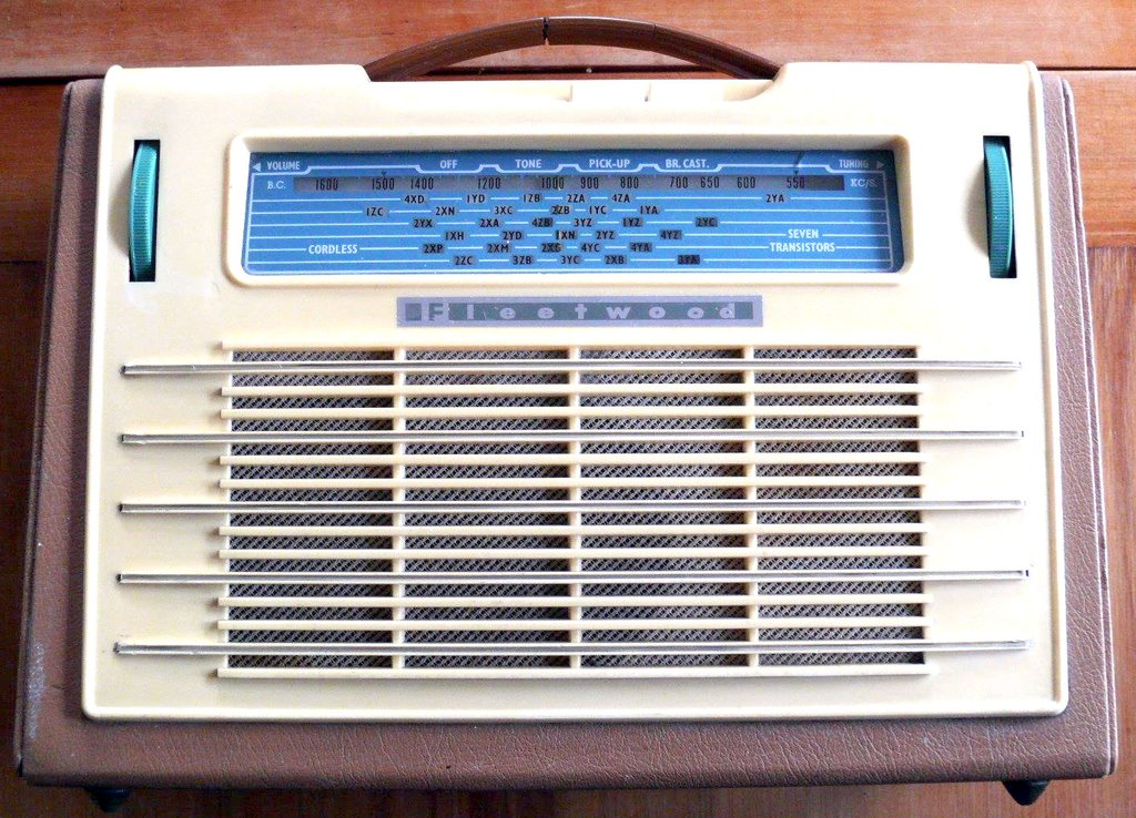 NZ Vintage Radio - 1958 Fleetwood  model 373