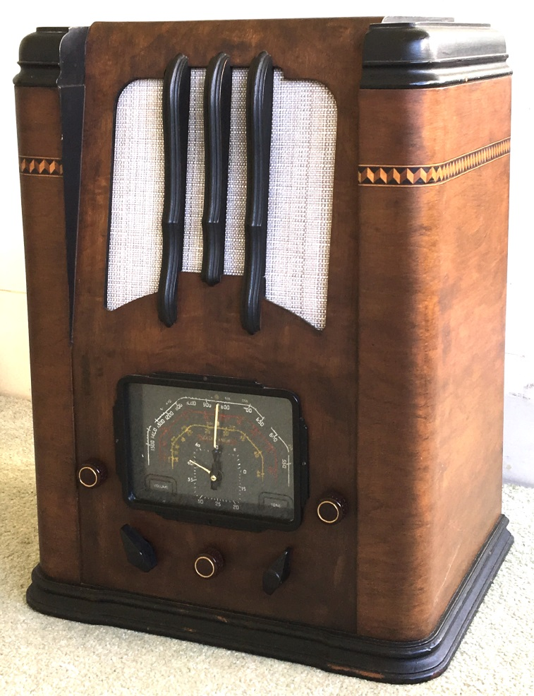 NZ Vintage Radio - Golden Knight BCS