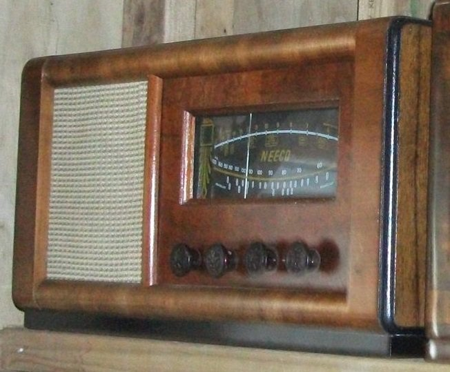 NZ Vintage Radio - 1941 Neeco model 641