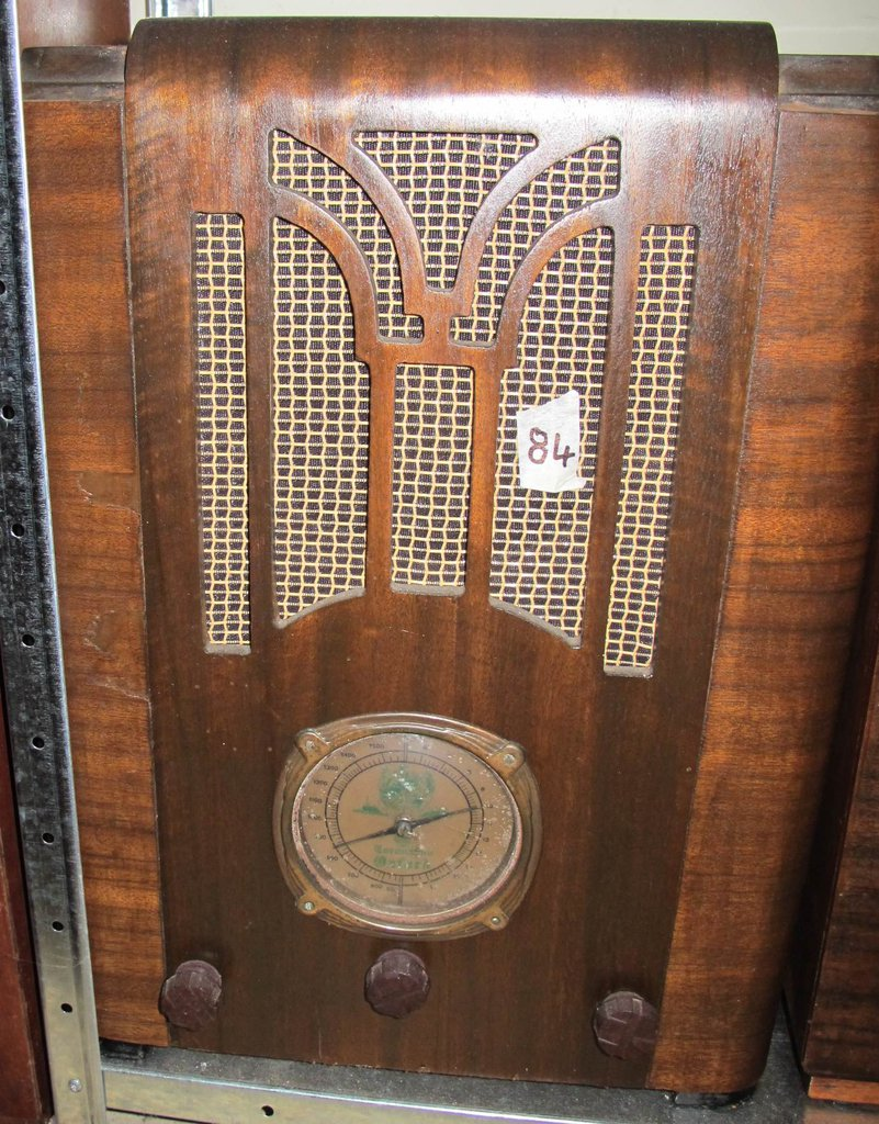 NZ Vintage Radio - 1937 Oxford 35VDW-37-CORO
