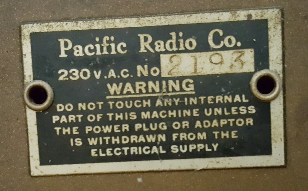 NZ Vintage Radio - Pacific 140