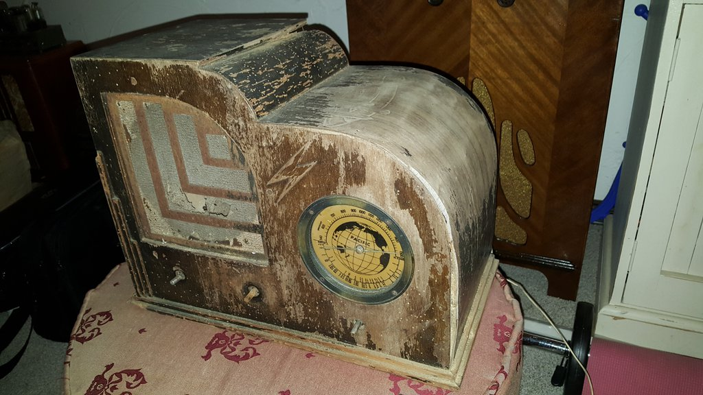 NZ Vintage Radio - 1935 Pacific 15