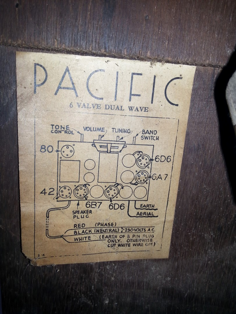 NZ Vintage Radio - Pacific Raleigh