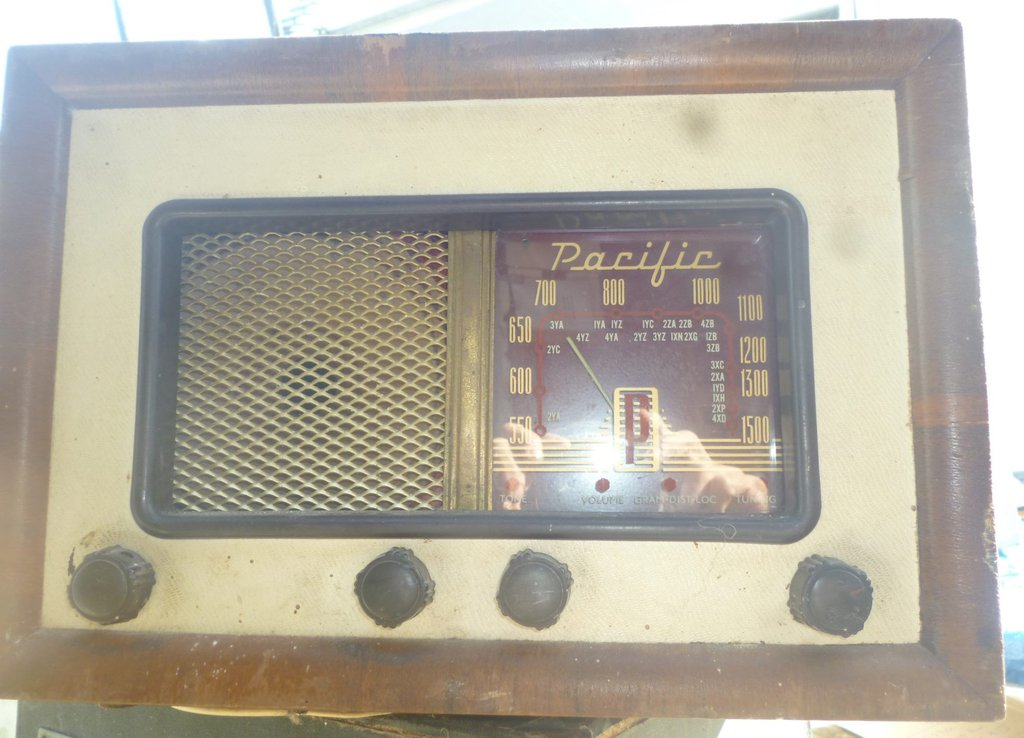 NZ Vintage Radio - 1951 Pacific (Post-WWII) 4G2