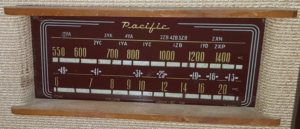 NZ Vintage Radio - 1948 Pacific (Post-WWII) model 528