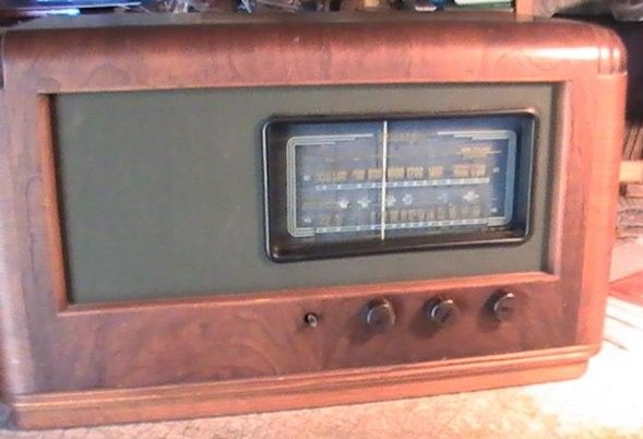 NZ Vintage Radio - 1947 Pacific (Post-WWII) model 627