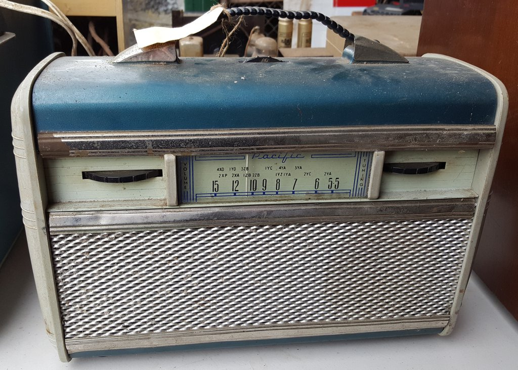 NZ Vintage Radio - 1951 Pacific (Post-WWII) 6P1