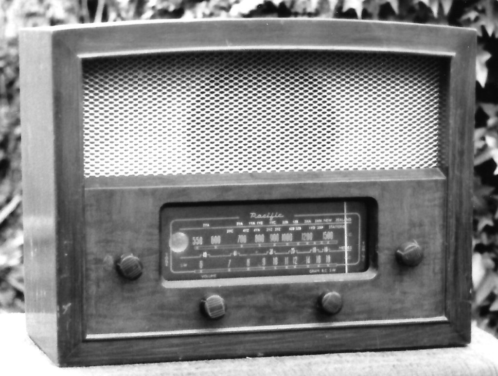 NZ Vintage Radio - 1950 Pacific (Post-WWII) 6PE