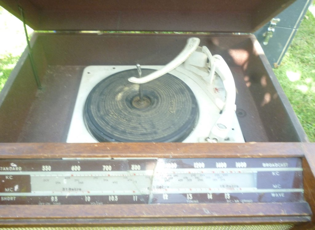 NZ Vintage Radio - 1952 Philco model 1221