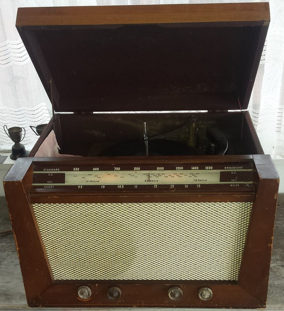 NZ Vintage Radio - 1953 Philco model 1224