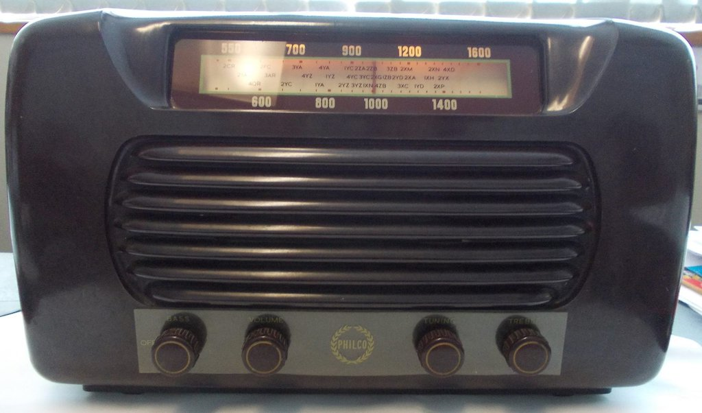 NZ Vintage Radio - 1955 Philco model 502