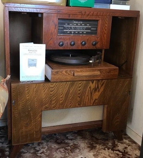 NZ Vintage Radio - 1954 Philco model 555