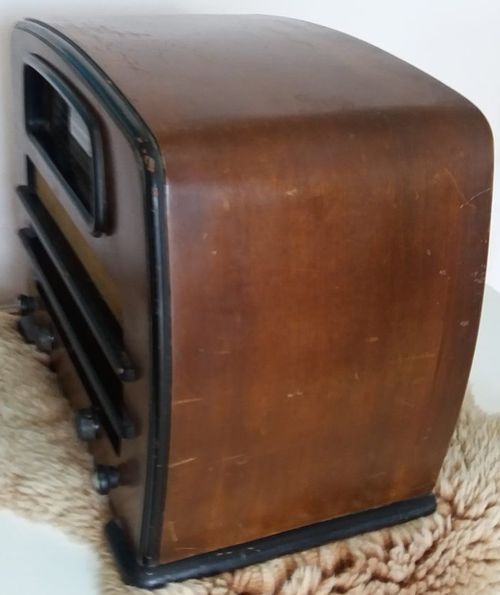 NZ Vintage Radio - Philco 656