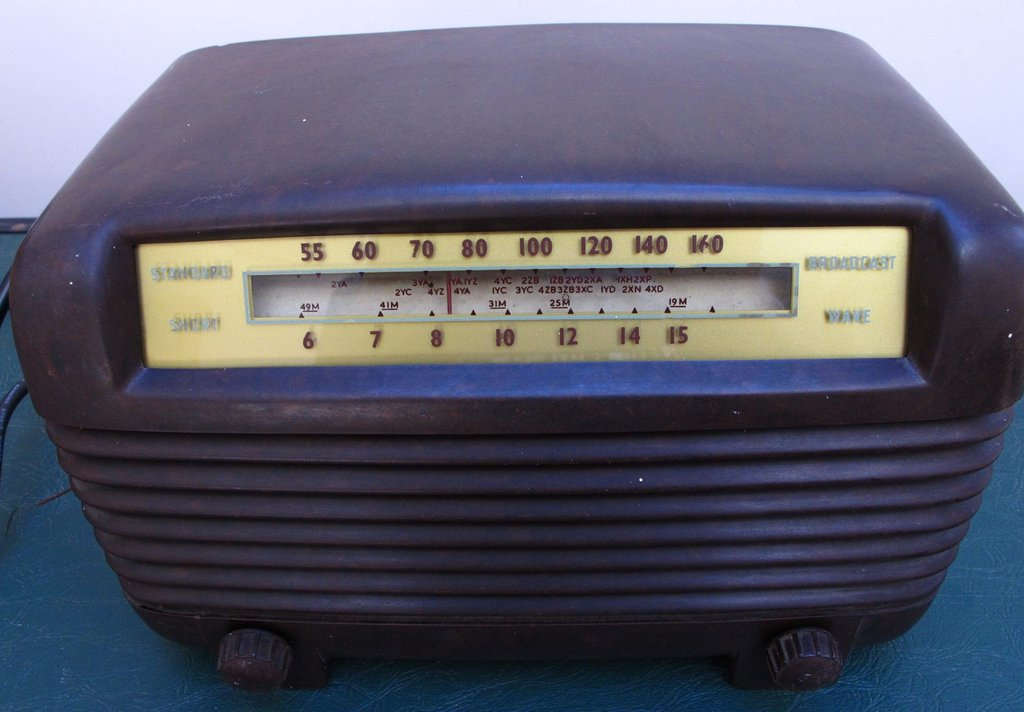 NZ Vintage Radio - 1954 Philco model 806