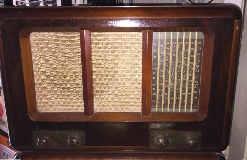 NZ Vintage Radio - 1949 Philco model 860