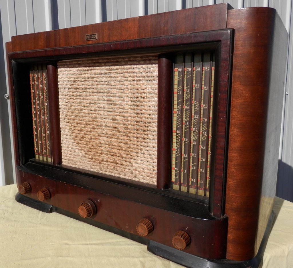 NZ Vintage Radio - 1948 Philco model 888