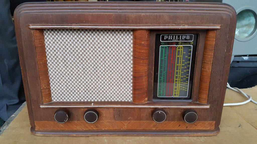 two tube, 2 vacuum tube, simple fm, old car, simple regenerative, vintage transistor, all american 5 tube, on radio schematics