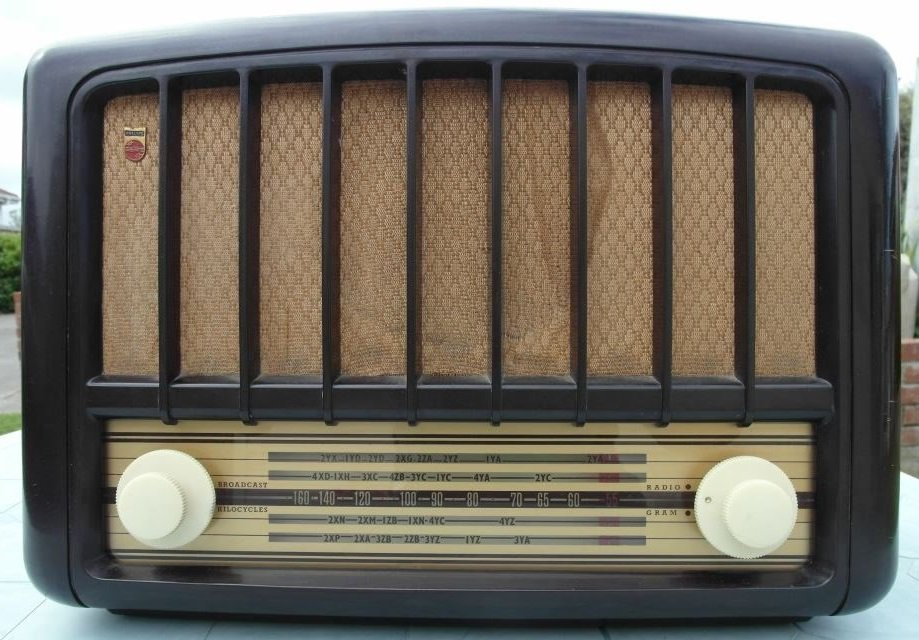 NZ Vintage Radio - 1950 Philips model 234