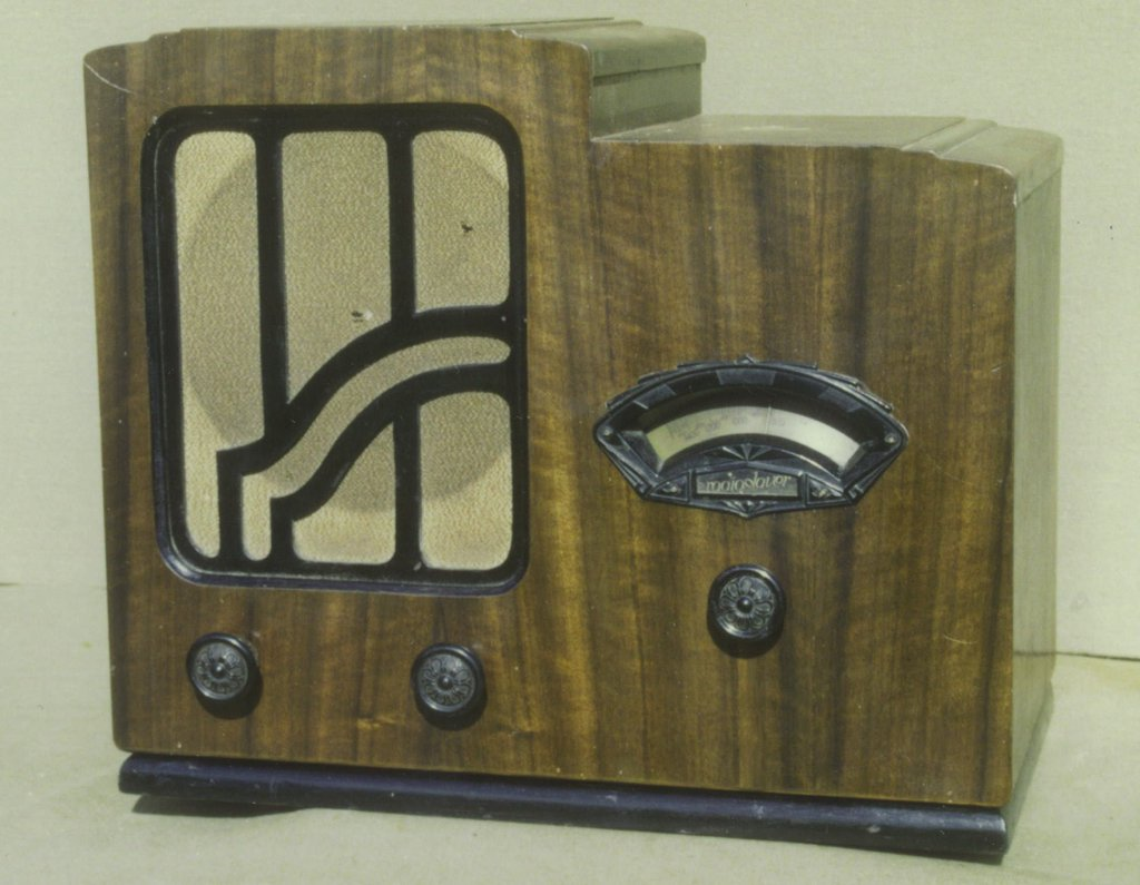 NZ Vintage Radio - Philips 5H