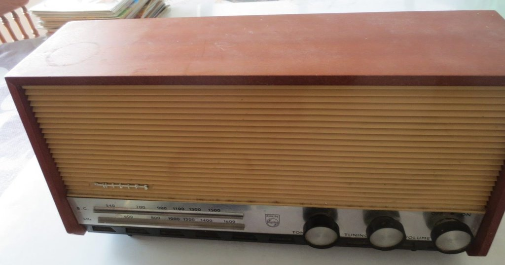 NZ Vintage Radio - 1958 Philips B2Z56U