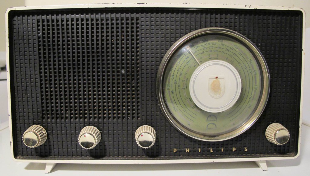 NZ Vintage Radio - 1958 Philips B2Z69U