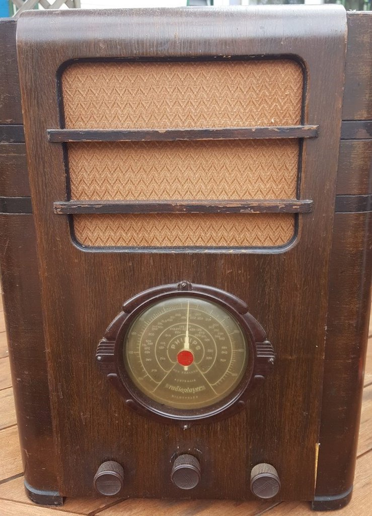 NZ Vintage Radio - 1937 Philips P715 'Twilight Dial'