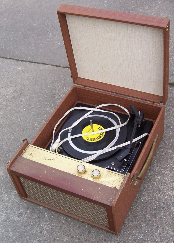 NZ Vintage Radio - 1965 Thorn Caramba