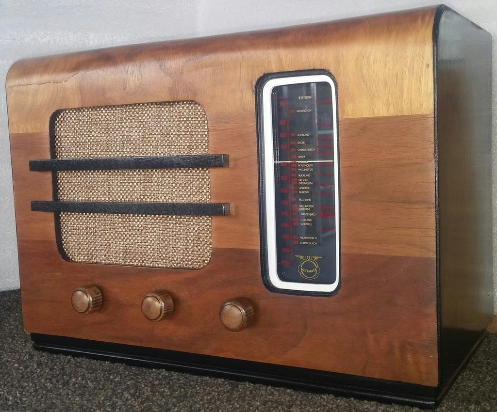 NZ Vintage Radio - 1939 Ultimate CIU