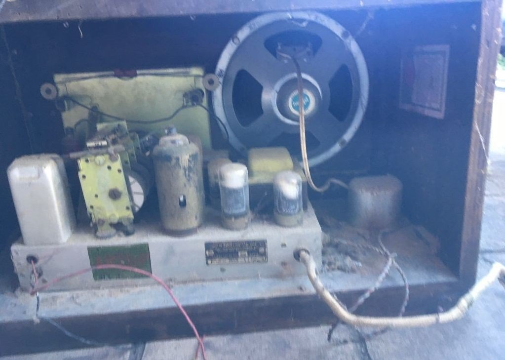 NZ Vintage Radio - 1948 Ultimate RAG Chassis - not original speaker