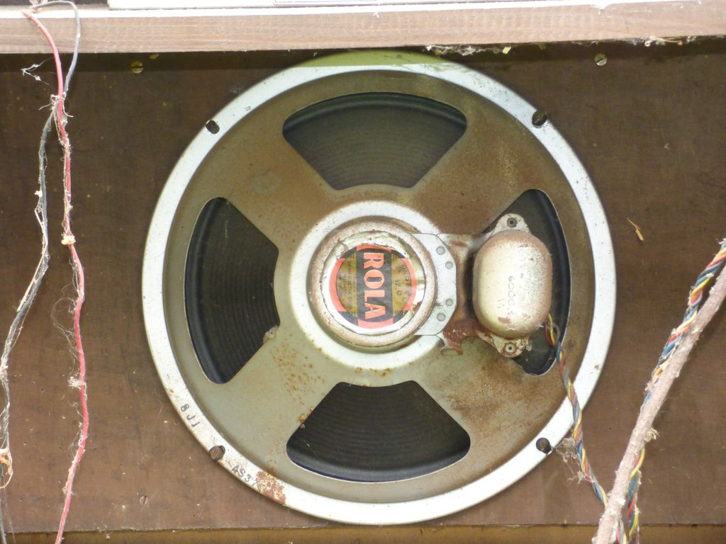 "NZ Vintage Radio - 1951 Ultimate RBH Console 12"" Speaker"