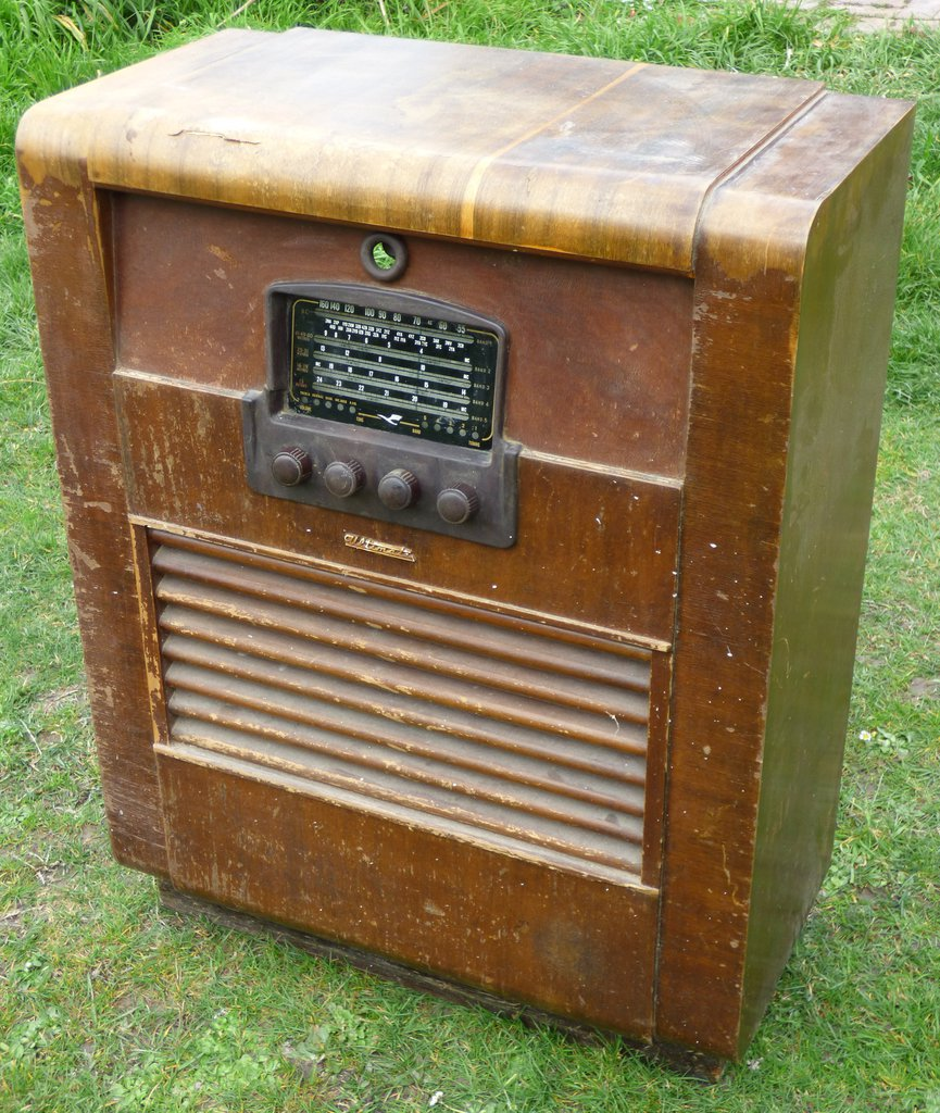 NZ Vintage Radio - 1951 Ultimate RBH 'Drummond'