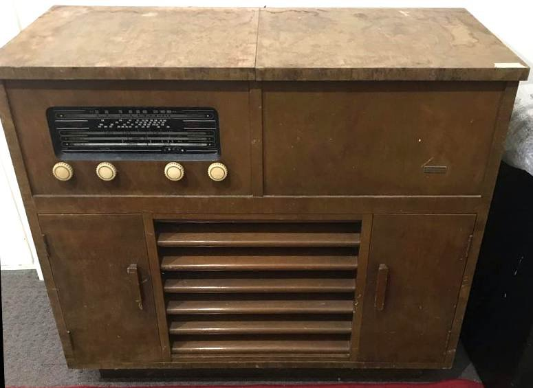 NZ Vintage Radio - 1954 Ultimate RCE