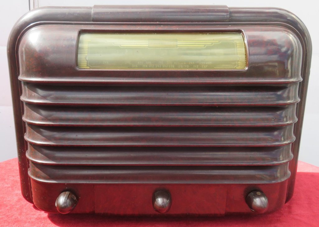 NZ Vintage Radio - 1947 Ultimate RU